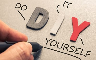 Should You Hire a Web Designer or DIY?